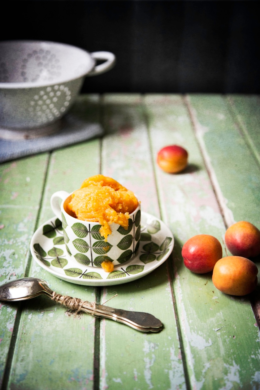 apricot sorbet, Camera and Clementine