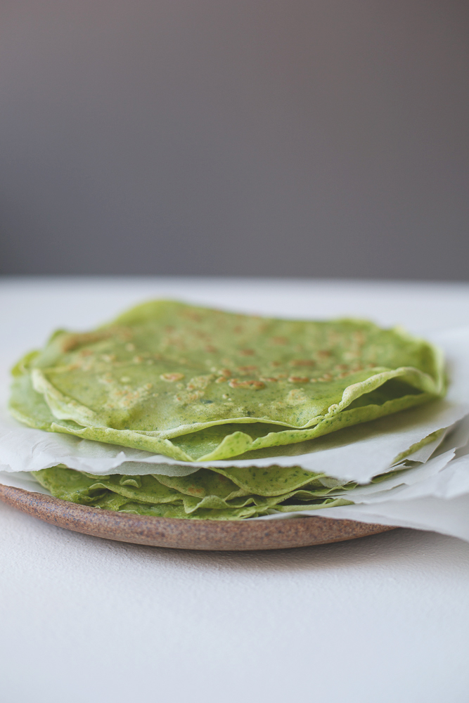 green spinach pancake crepe 1
